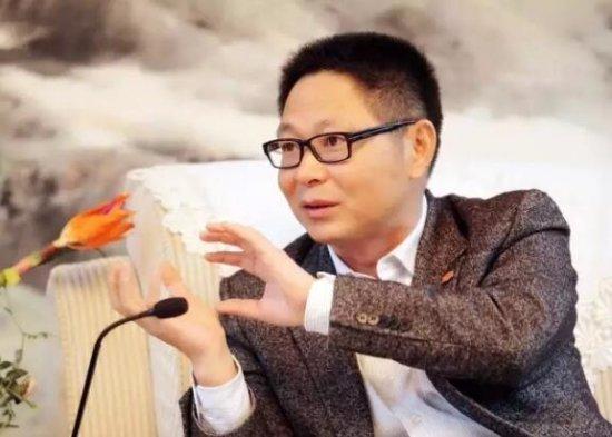作者:张华立  中国电视艺术家协会艺术评论专业委员会主任,湖南广播电视台党委副书记、副台长、总编辑